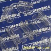 Комплект креплений для покровного стекла аквариумов Dennerle NanoCube